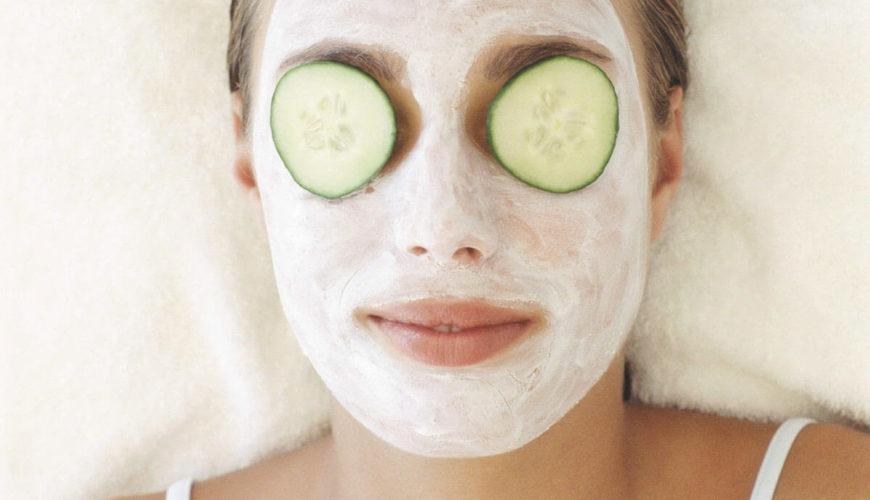 Cucumbers in eyes